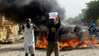 Thousands protest against crippling unemployment in Chad | Money Talks