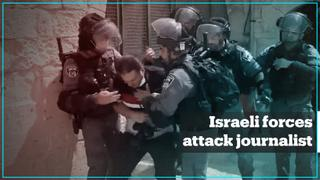 Israeli forces attack AA journalist at Al Aqsa compound