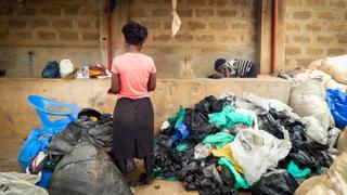 Ugandan firm turns plastic waste into fashionable bags | Money Talks