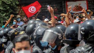 Political crisis throws Tunisia's economic policies in limbo   Money Talks