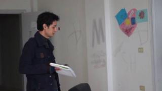 The War in Syria: Syrian playwright wants to portray Syrian life