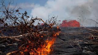 Hawaii Volcano: Eruption threatens island's environment