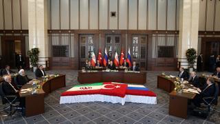 The War in Syria: Turkey, Iran, Russia begin de-escalation talks