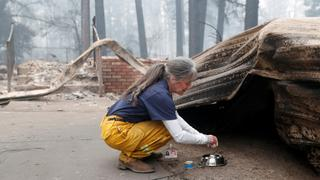 California Wildfires: Relatives continue search for missing