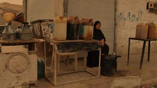 The War In Syria: Syrians turn to street vending in Raqqa