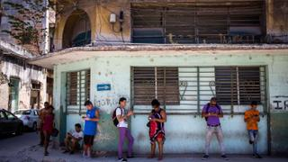 Cuba to allow internet access for mobile phones | Money Talks