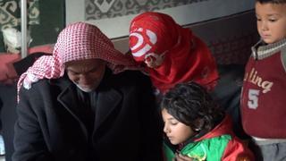 The War in Syria: Syrian children die in the cold winter weather