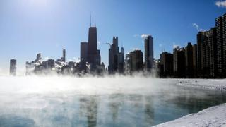 US Polar Vortex: Cold closes schools, cancels flights