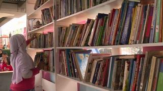 Indonesia Library: Flyover turned into space for reading, playing