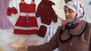 Women in Idlib: Single mothers get new start at women's center