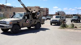 Libya on the Brink: Govt troops out in force to defend Tripoli