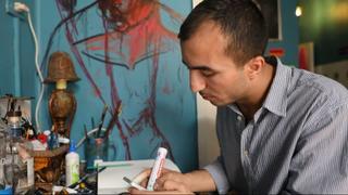 Egypt Prisoners: Former political prisoner uses art to cope