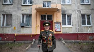 Soviet War Hero Calls For Peace on Russia's Victory Day