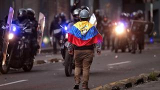 Ecuador halts oil distribution amid protests | Money Talks