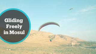 Iraqi locals offered free paragliding training in Mosul