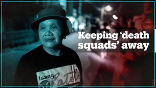 Filipina mothers patrol streets to curb drug war killings