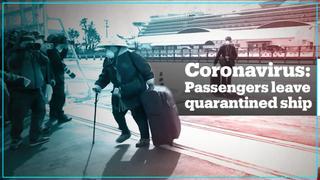 Passengers disembark quarantined cruise ship in Japan