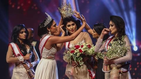 'Mrs Sri Lanka' beauty contest ends with onstage drama