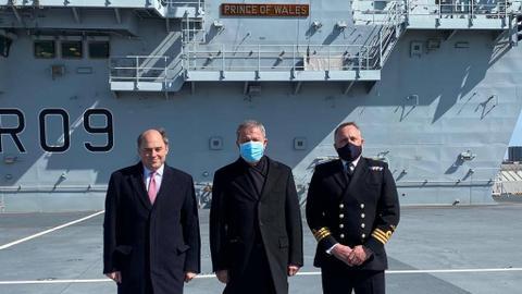 Turkish defence minister, UK defence secretary discuss cooperation on Daesh