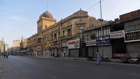 Lockdown imposed in Pakistan ahead of Ramadan – latest updates
