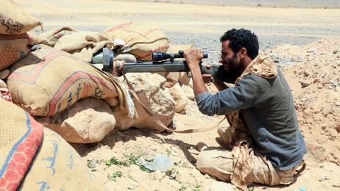 Dozens dead as battle for Yemen's Marib rages on three fronts