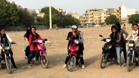 'They see me rollin': Karachi's first biker stuntwoman