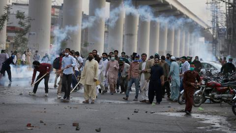 Pakistan sees protests in several cities over religious party leader arrest