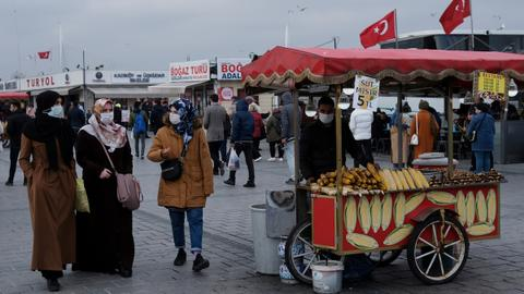 Turkey adopts 'partial closure' as cases peak – latest updates