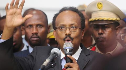 Somali president extends his mandate for two years despite donor concerns