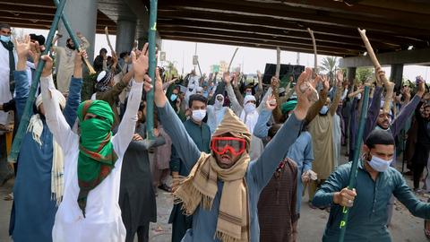 The rise of the religious group behind violent protests in Pakistan