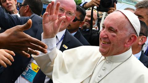 Slightly bruised Pope wraps up Colombia tour with unity appeal