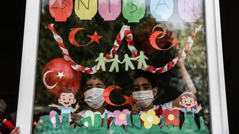 Turkey celebrates National Sovereignty and Children's Day under lockdown