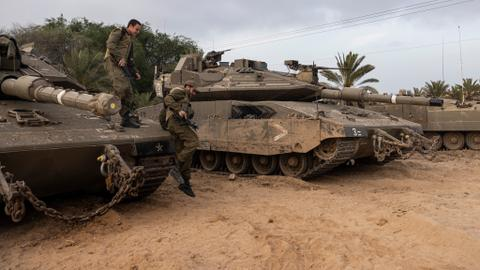 Israel does not spare Gaza from strikes, even in Ramadan
