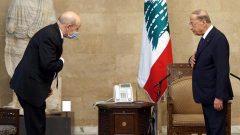 France warns Lebanon of 'great firmness' in bid to fix govt impasse