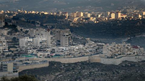 European powers urge Israel to abandon settlement expansion plans