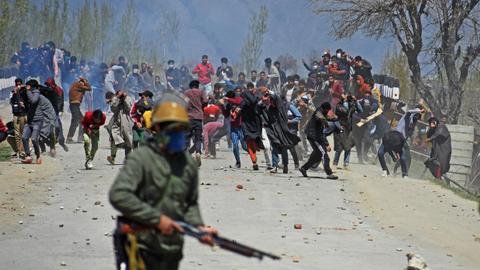 Pakistan urges UN to press India for Kashmir prisoners' release