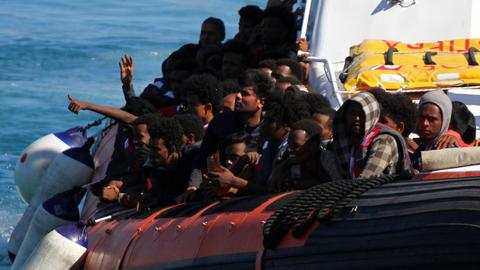 Over 2,100 migrants arrive on Italian isle of Lampedusa in a day