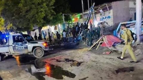 Suicide bomber kills several police officers in Somalia's Mogadishu