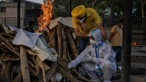 WHO labels India strain as 'variant of concern' – latest updates
