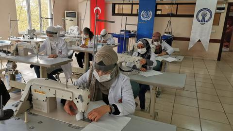 Win-win: Free masks for small enterprises, formal work for Syrian refugees