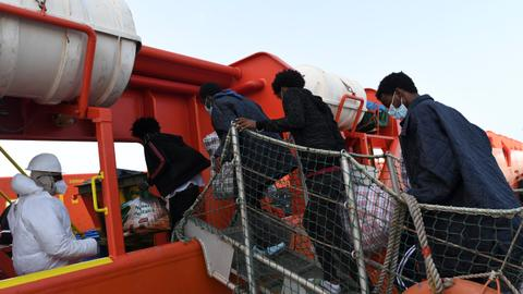 Italy denies Rome wants EU to pay Libya to block refugees