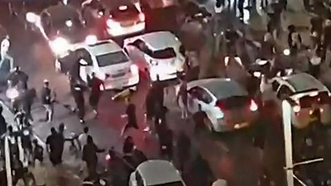 Far-right Israeli mob attacks Palestinian motorist live on Israeli TV