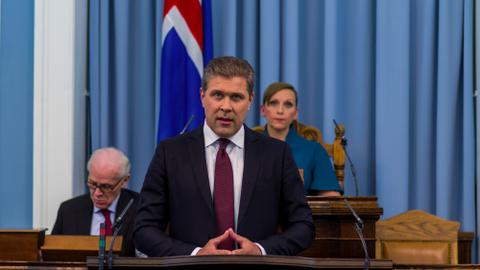 Iceland PM calls second snap election in less than a year