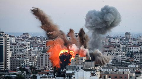 UN: Around 10,000 flee homes as Israel unleashes bombs on Gaza