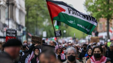 Thousands rally across European cities in support of Palestine