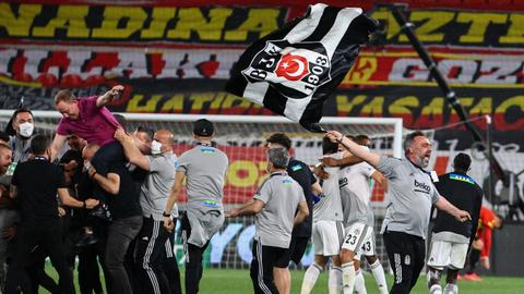 Besiktas clinch Turkish Super Lig title for 16th time