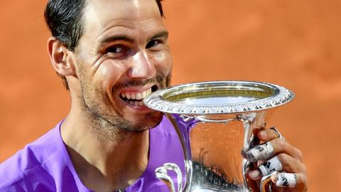 Nadal defeats Djokovic to win tenth Italian Open title