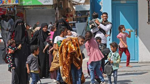 UN refugee agency: Israel displaces 42,000 in Gaza bombardment