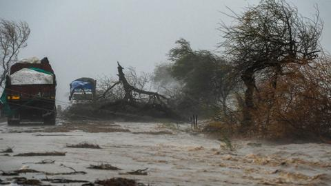Monster Cyclone Tauktae hammers India's west coast