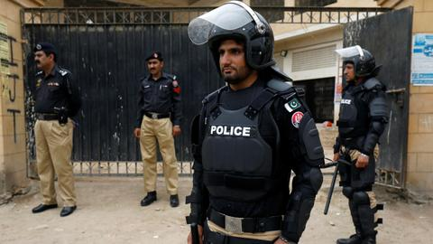 Pakistan police stop mob from lynching blasphemy suspect
